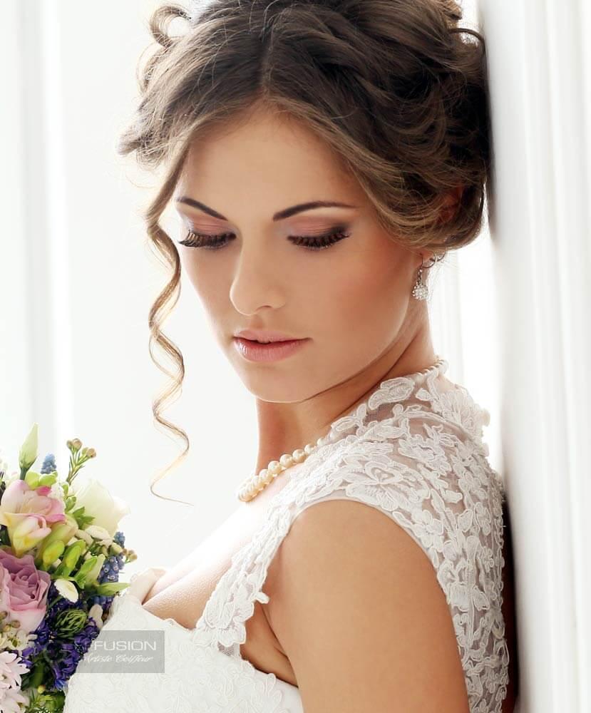 Coiffure haute pour mariage - Anjou